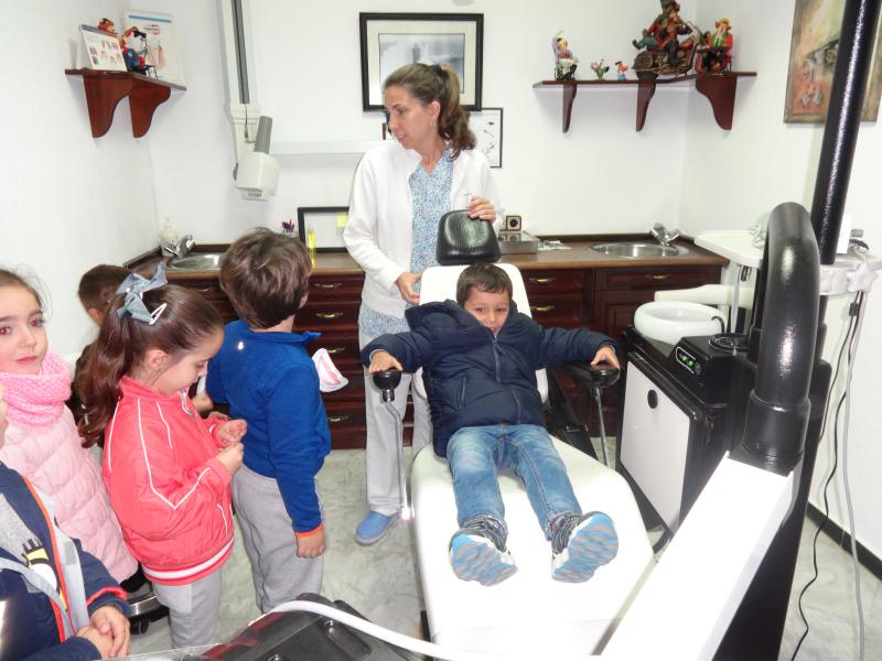 visita-a-la-clinica-dental
